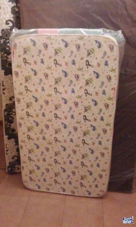 Colchón infantil de cuna 120x60x10cm marca Taurus
