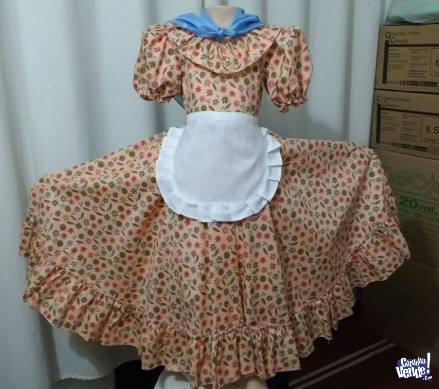 Vestido de Paisana. Disfraces para Fiestas Patrias.