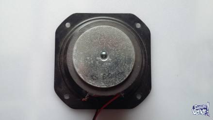 Bocina Chica - Minicomponente - 6-Ohm 10W