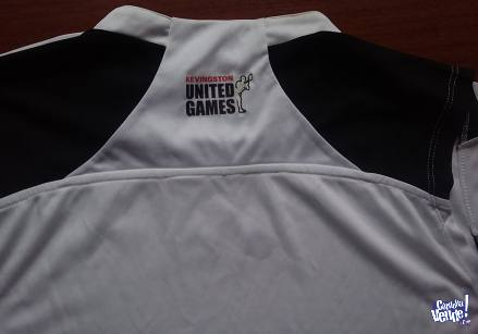 REMERA  KEVINGSTON   OFFICIAL  UNITED GAMES  SIN MANGAS