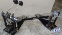 Doble pedal Pearl P - 902