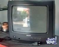 TELEVISOR PHILIPS 14 PULGADAS CON CONTROL USADO