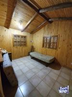 Cabaña de madera. DUEÑO VENDE