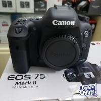 Canon EOS 7D Mark II, 20 MP Megapixels Body Digital Camera