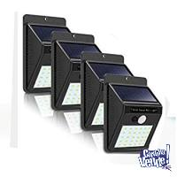 4 Reflectores x 30w Farol Solar Led Y Sensor De Movimiento