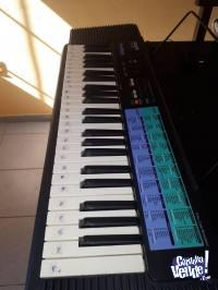 Órgano musical CASIO CA-100