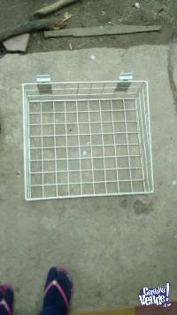 canasto metalico para panel ranurado