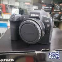 Canon EOS R, 31.7 Megapixels Body digital SLR camera