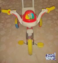Triciclo con manija