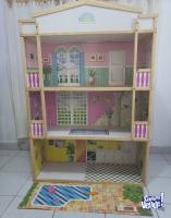 Casa de muñecas de madera de Pino. Medidas: altura 1.44m x 1m de ancho x 0.37m de profundidad de 3 n