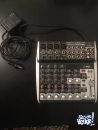 Consola Behringer Xenyx Q1202 Usb 12 Entradas Usb/audio