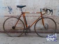 Bicicleta media carrera + varios