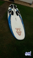 Vendo tabla de windsurf  starboard futura