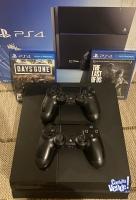 Playstation 4 con 2 joysticks y 3 juegos físicos