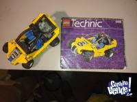 Lego TECHNIC, Buggy, modelo 8408 con pistones