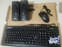 Liquido parlantes, teclado y mouse para PC