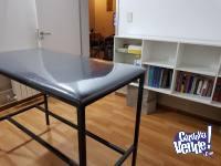 Camilla para consultorio cuerina y cristal resistente