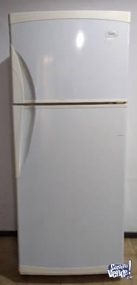 Heladera con Freezer Gafa HGF340b