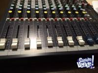 Consola de sonido 10 canales - Souncraft - Como Nueva