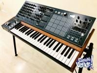 Arturia MatrixBrute Analog Monophonic Synthesizer 49 Keys