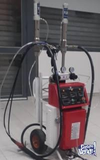 Maquina De Inyección Y Spray (proyección) De Poliuretano B