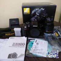 Nikon D3300 24.2 MP with Nikkor 18-55mm f/3.5-5.6G VR II Zoo