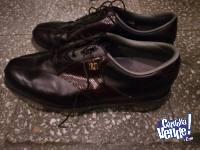Vendo zapatos de golf de Cuero marca Footjoy