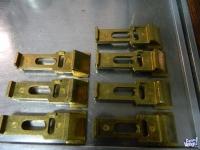 Pestillos de bronce